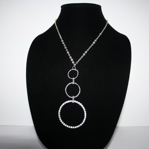 Beautiful silver necklace with circle rhinestones